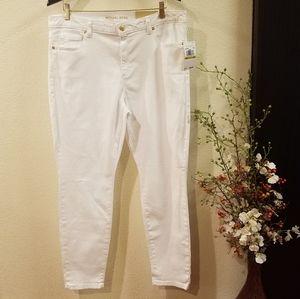 Micheal Kors Whitw Izzy Skinny Jean's Size 14